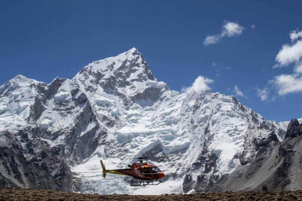 A_Helicopter_Leaves_Everest_Base_Camp72-1 (1) (1)